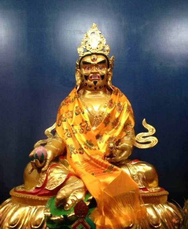 台中直貢寶積林西藏五路財神寺 黃財神 五方佛